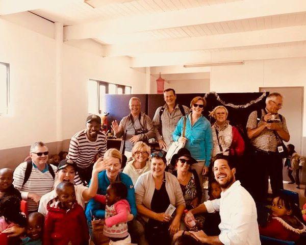 Mensen op bezoek in Zuid-Afrika