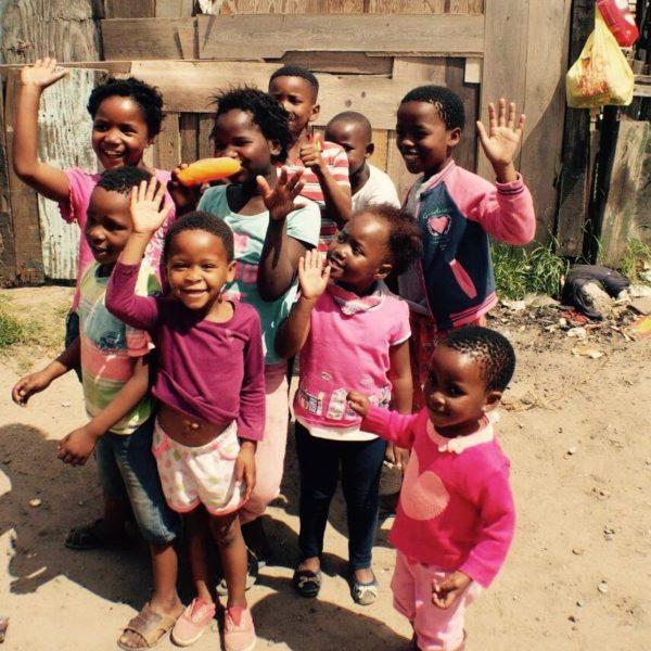 Blije Zuid-Afrikaanse kinderen