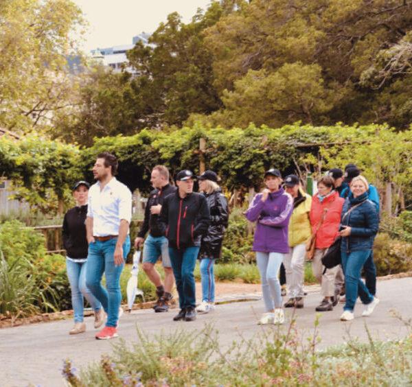 Mensen op stap in Johannesbrug